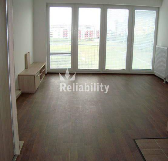 Pronájem bytu 1+kk 35 m²