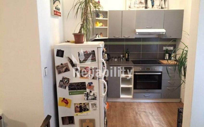 Pronájem bytu 1+KK, 35 m2