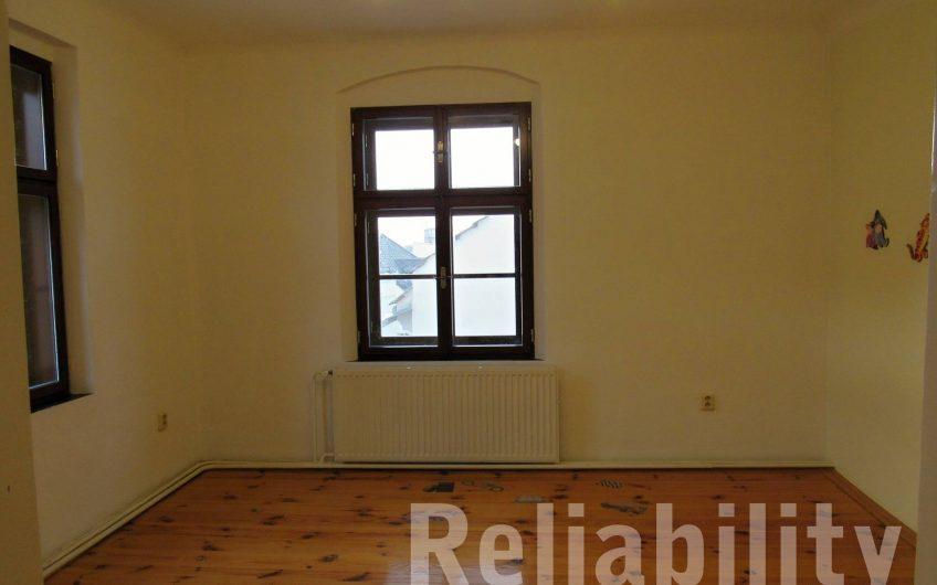 Pronájem bytu 3+1,ul. Purkrabská 100 m²