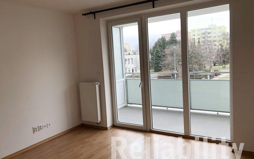 Pronájem bytu 1 + kk s terasou, 30m2 Jánského
