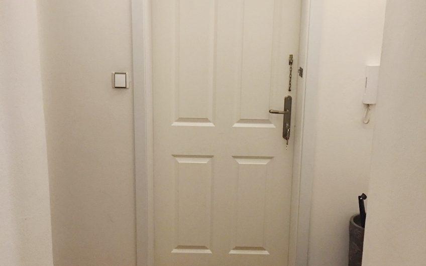 Pronájem bytu 2+kk, 55m2 ul. Ostružnická